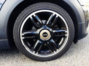 BMWミニ純正のボンドストリート専用アルミ