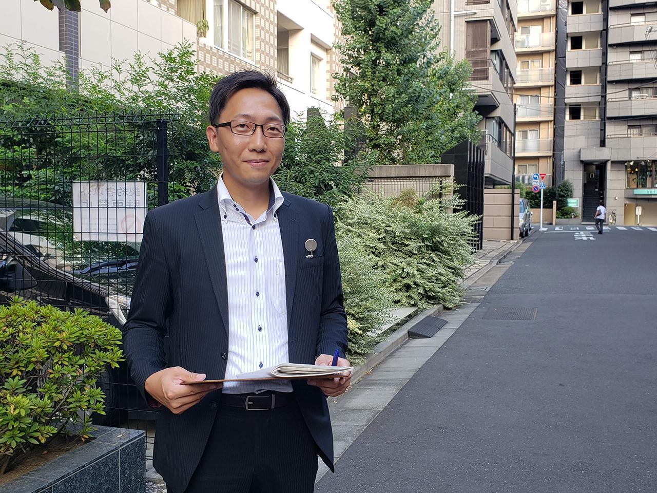 車買取りハッピーカーズ 西宮店 店長の 脇田です